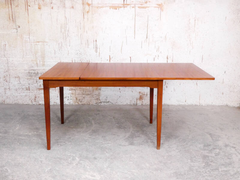 Teak dining table by Topform
