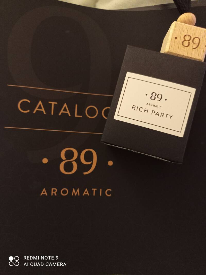 Aromatic 89 rich party carfreshner