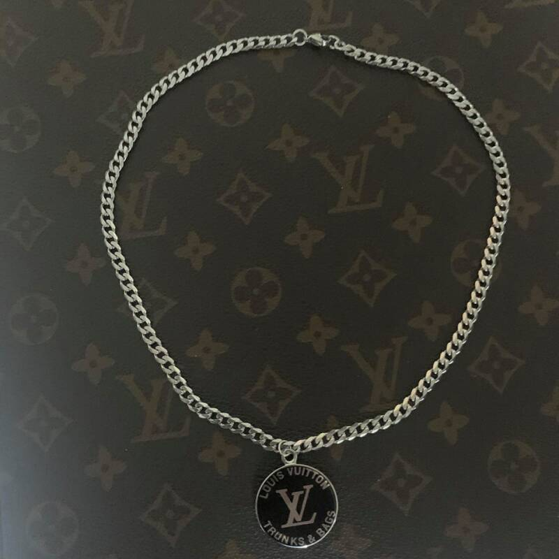 Ketting Louis Vuitton Trunks & bags zilver