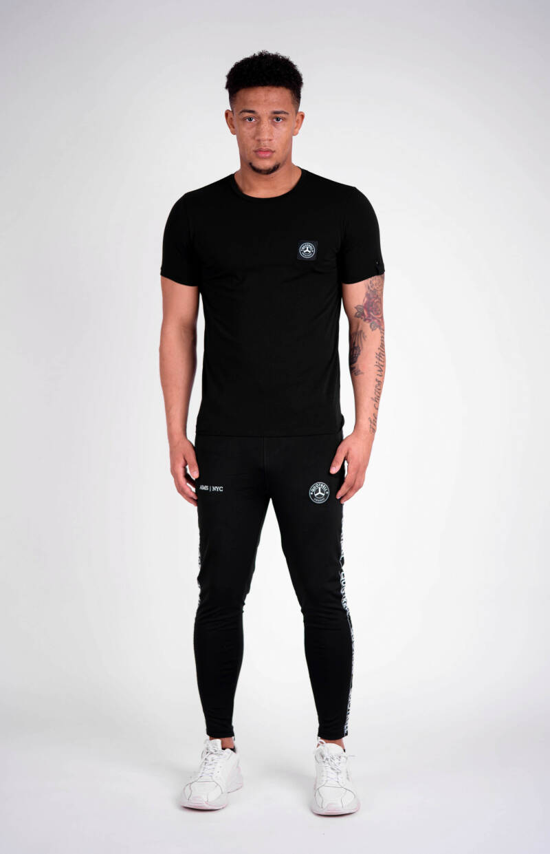 Quotrell - Commodore Tee - Black