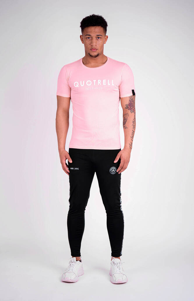 Quotrell - Basic Tee - Pink/White