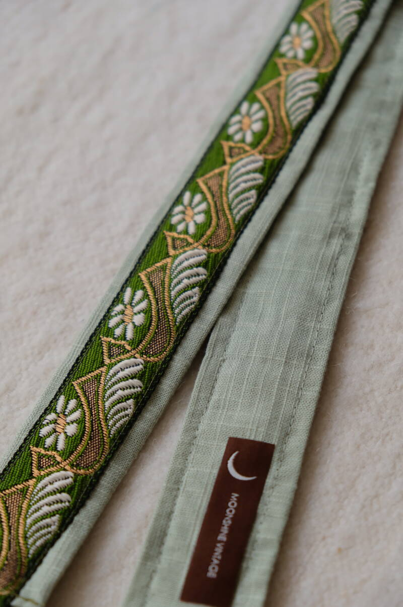 embroidered belt #15
