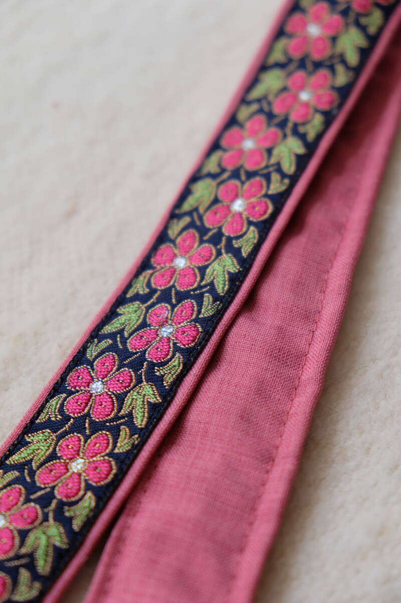embroidered belt #16