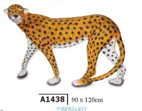 A1438   Jungle jaguar XL staand polyester résine  120 x 90 cm