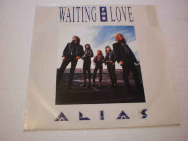 Single Alias - Waiting for love