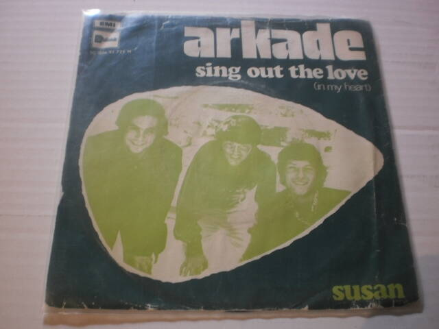 Single Arkade - Sing out the love