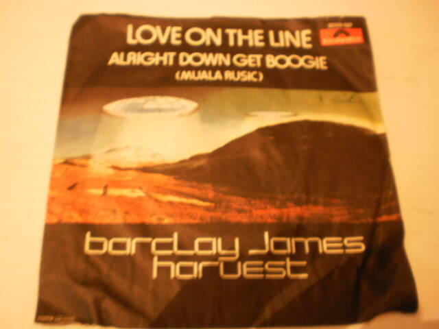 Single Barclay James Harvest - Love on the line
