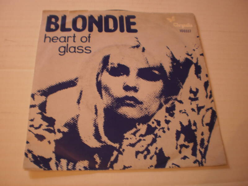 Single Blondie Heart of glass