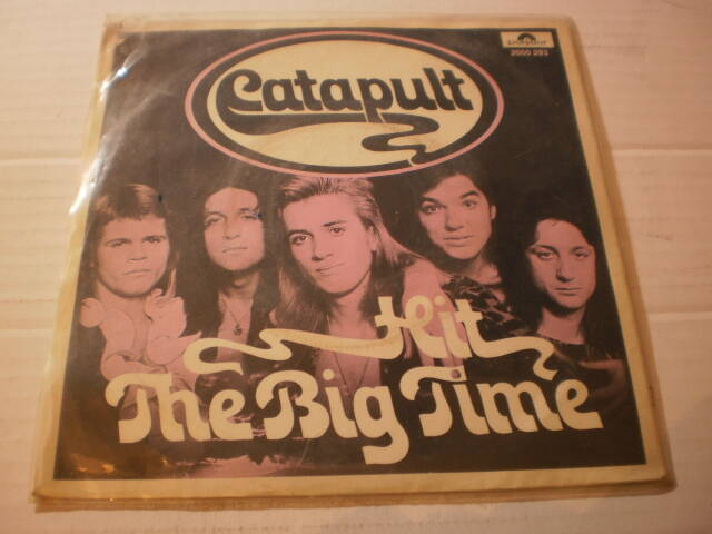 Single Catapult - Hit the Big Time