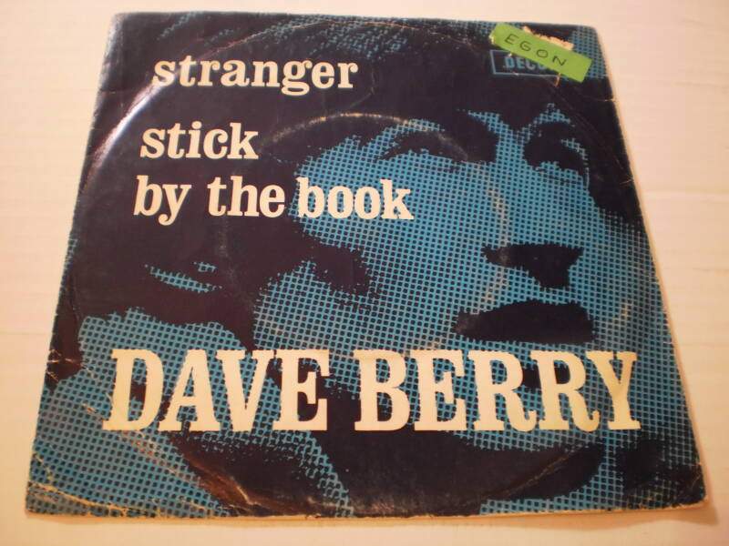 Single Dave Berry - Stranger / Stick by the book