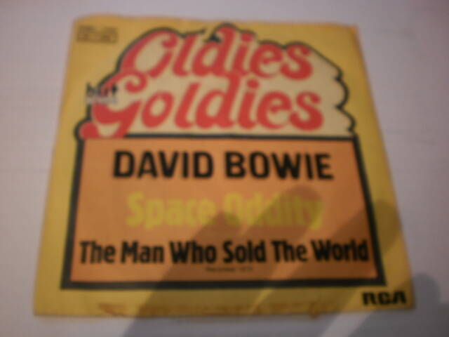 Single David Bowie - Space oddity / The man who sold the world