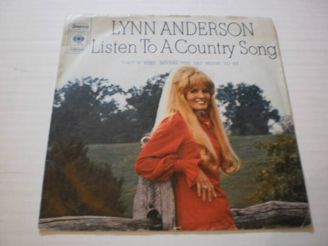 Single Lynn Anderson - Listen to a country song