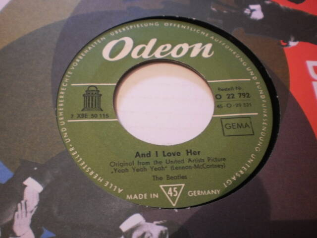 Single The Beatles - And I love her