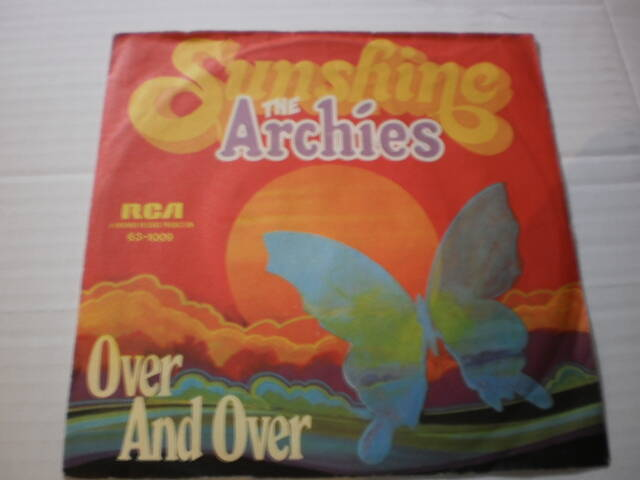 Single The Archies - Over and over