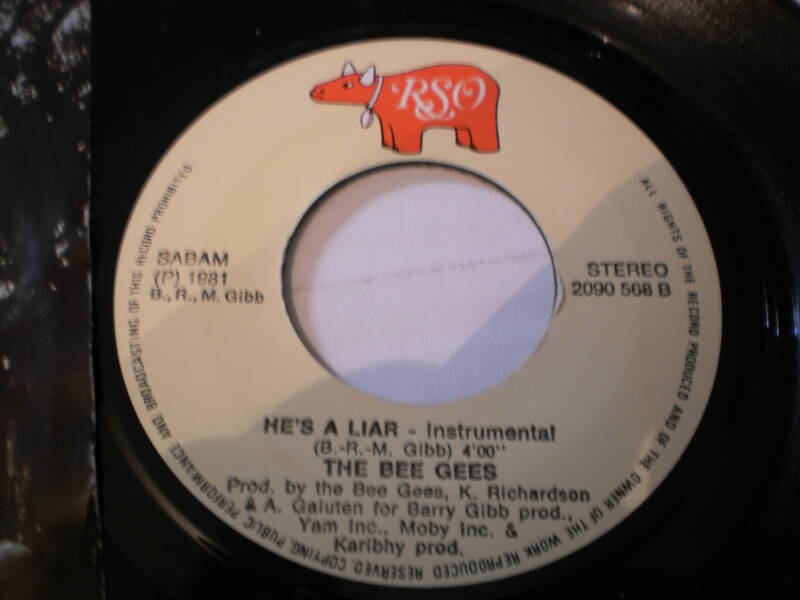 Single The Bee Gees - He's a liar