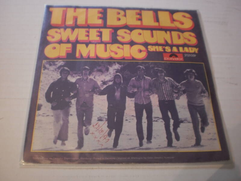 Single The Bells - Sweet sounds of music