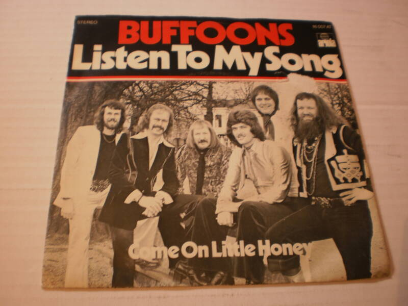 Single The Buffoons - Listen to my song