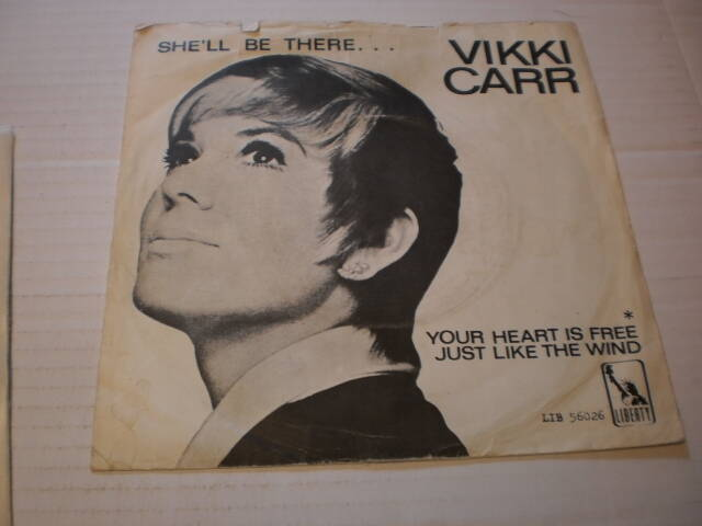 Single Vikki Carr - She'll be there