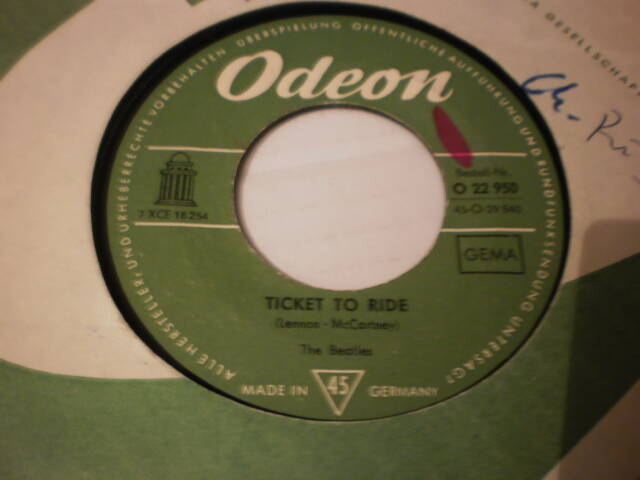 single The Beatles - Ticket to ride