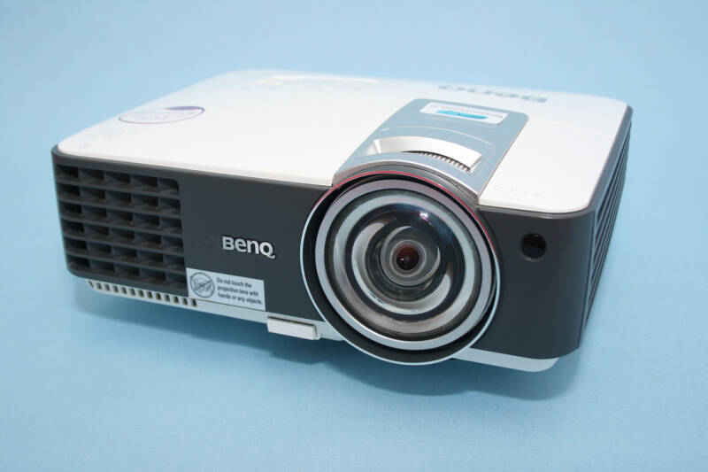 BenQ MX815ST DLP HD HDMI beamer. Short-Throw. 2700 ANSI Lumen