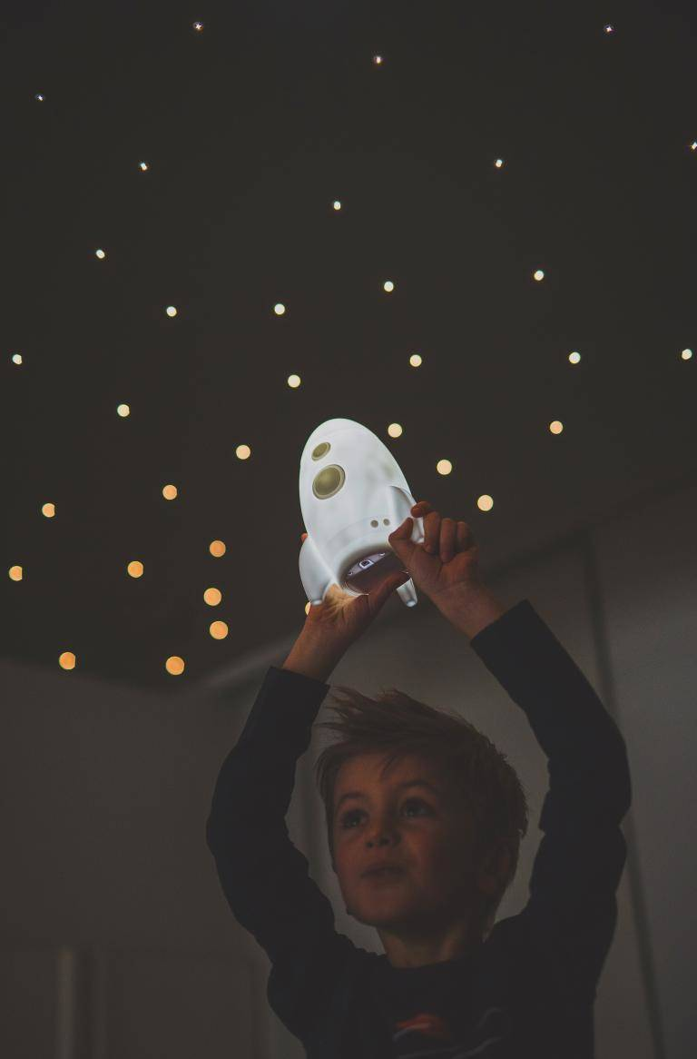 To the moon led lamp