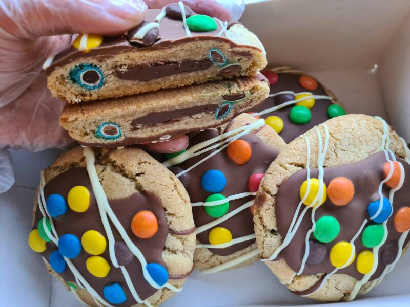 M&m/nutella giant cookie (pre- order)