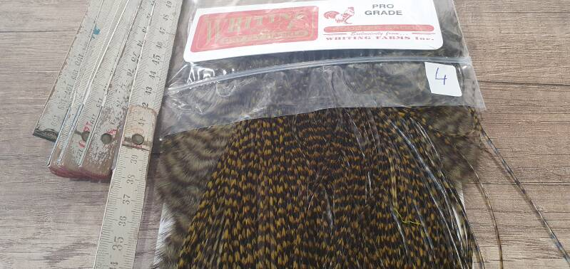 Whiting Pro-Grade Rooster Saddle grizzly dyed dark olive  NR4