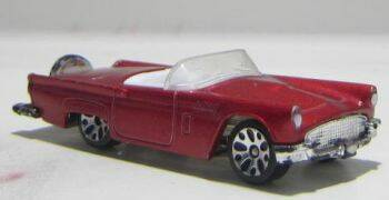Ford Thunderbird - Metallic rood