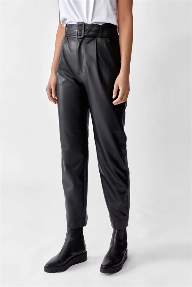 aria trousers leather look black