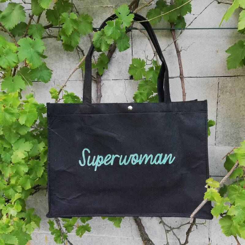 Shopper 'Superwoman'