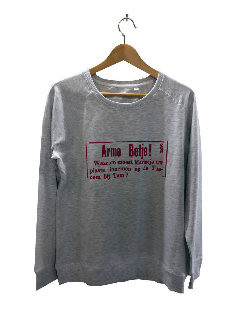 Sweater -Advertentie Betje- Ash Grey. Maat M. Lovely Lady