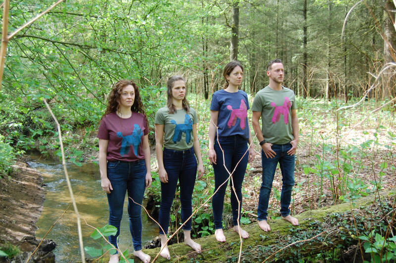 T-shirt -Poedel- Heather Oxblood. Maat S. Lovely Lady
