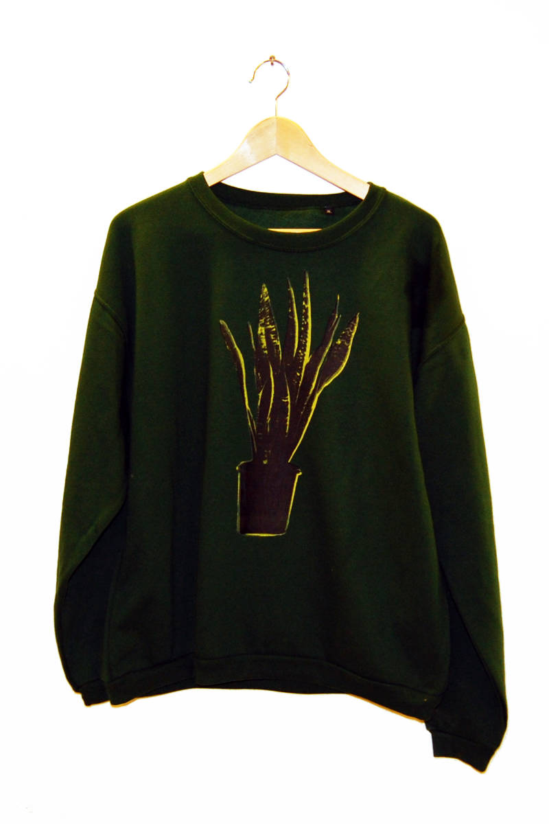 Sweater -Sanseveria-, bottle green. Maat XL