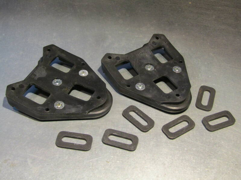 SHIMANO SM-SH23 LOOK STYLE Clipless shoe cleats NOS! BB23B 7779 5/1/21