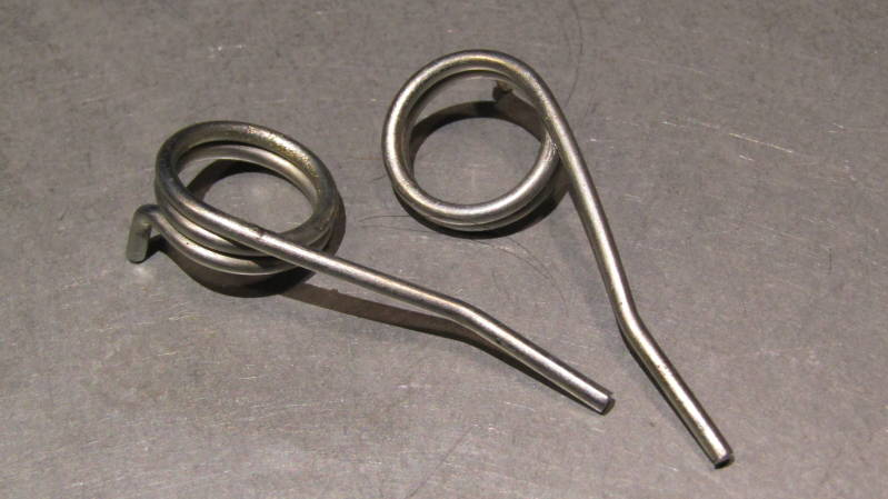 MAFAC COMPETITION Brake Caliper Springs 1XL / 1XR NOS! BX52a