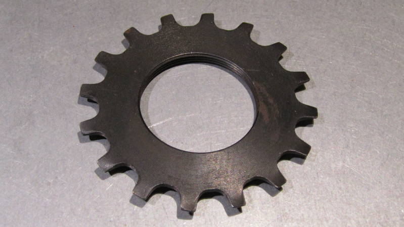 SHIMANO EARLY 600 16t  5/6 SPEED FREEHUB/UNIGLIDE Threaded Cassette Cog NOS! BXC00C7
