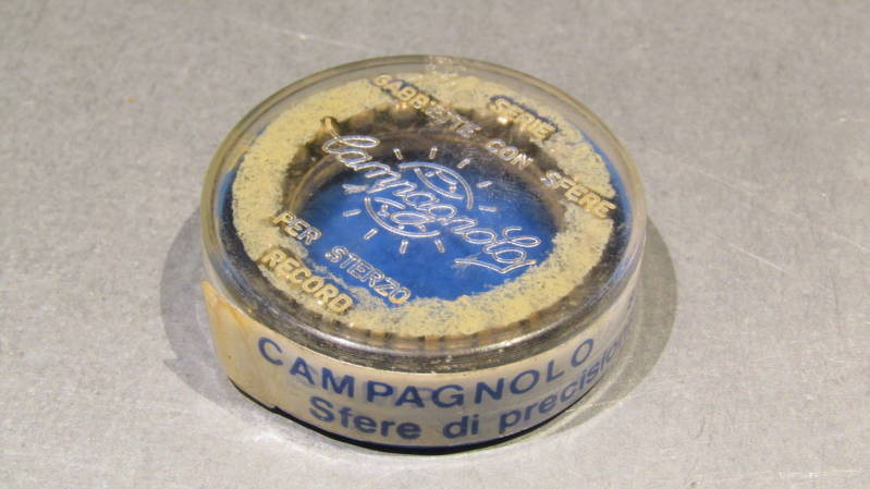 CAMPAGNOLO RECORD / C RECORD Headset Bearing retainers NOS! BXC00C9