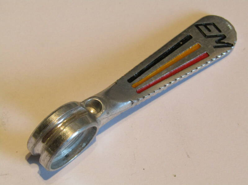 EDDY MERCKX ( CAMPAGNOLO ) PANTO RIGHT SIDE Gear lever with raised lettering NOS! TL08 01-B01-C06-01 6/24/21