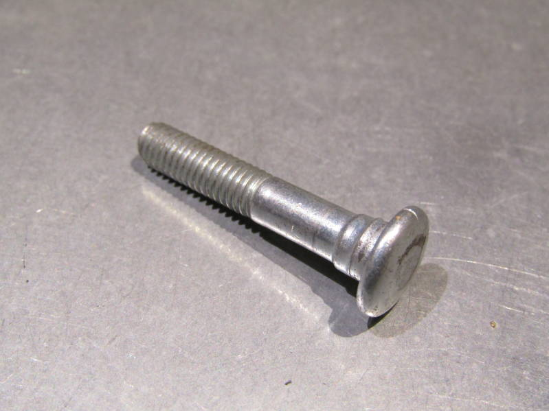 MAFAC COMPETITION Medium ( FITTED ) REAR Center Bolt with no nut NOS! BXC00B34