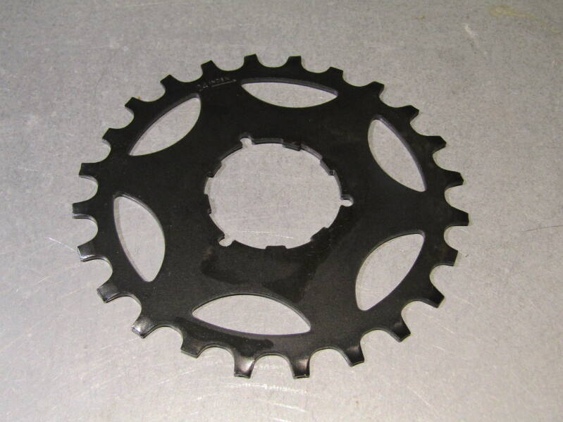 SHIMANO Early 600 24t UNIGLIDE Cassette Cog NOS! BXC00E1