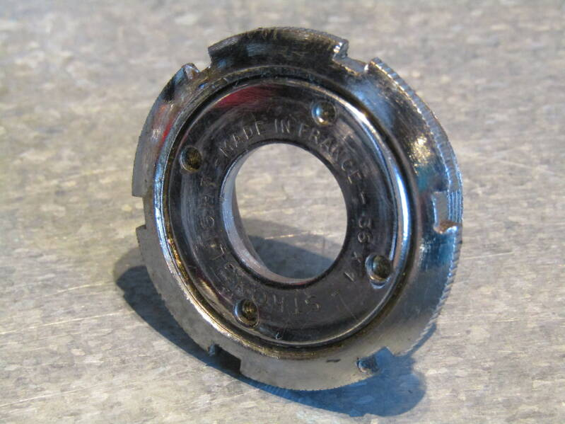 STRONGLIGHT FRENCH Thread 35X1 Adjustable bottom bracket cup with LOCK-RING 2nd hand TL06 04-B01-004-04 7/22/21