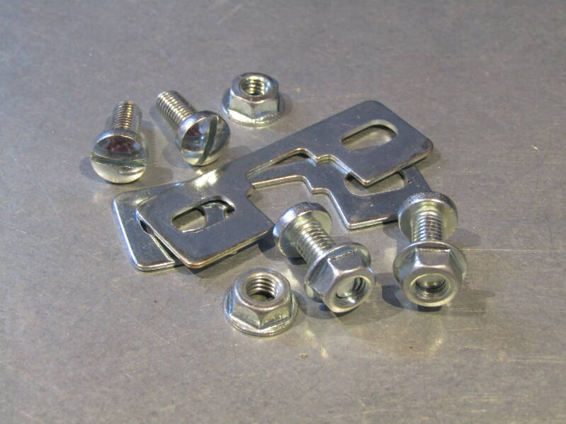 REG SPECIAL TOE-CLIP Mounting hardware NOS! BB30C 080 - 8/13/20 RK04