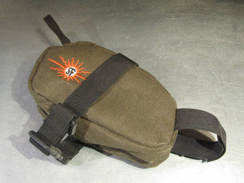 SOMA ( HEMP ) Small saddle bag NOS! BXC00C06 0001 - 12/08/20 RK06