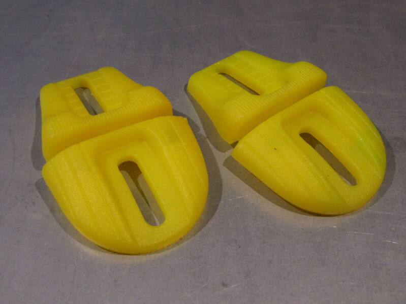 Bicycle cleats UNKNOWN Yellow BB34G 13 - 6/17/19