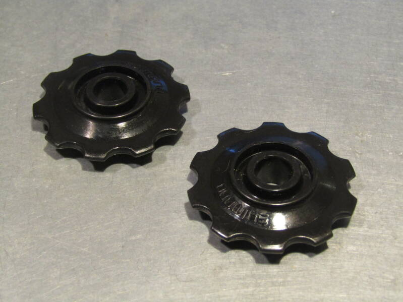 SHIMANO Rear derailleur replacement pulleys 2X NOS! BX54 1121 - 3/2/21 RK13