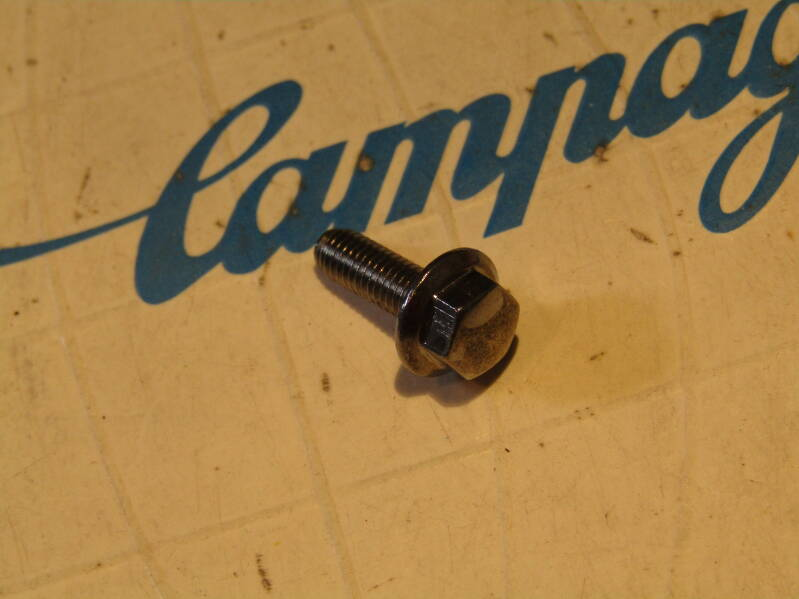 CAMPAGNOLO NUOVO/SUPER RECORD Front derailleur BZ-ON MOUNTING BOLT NOS! Beta03 D3-003-02 25/2/21