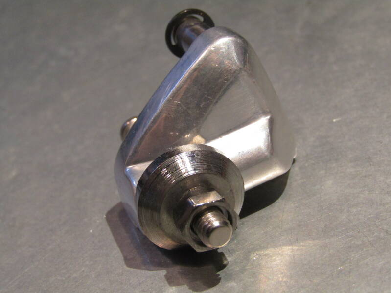 CAMPAGNOLO CHORUS BZ-ON Front derailleur body NOS! Beta03 D07-003-01