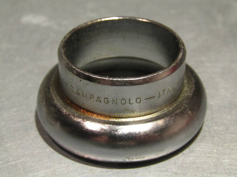 CAMPAGNOLO RECORD PISTE (#689) Headset lower fixed cup bearing race NOS! Beta08 D08-04-04 13/3/21