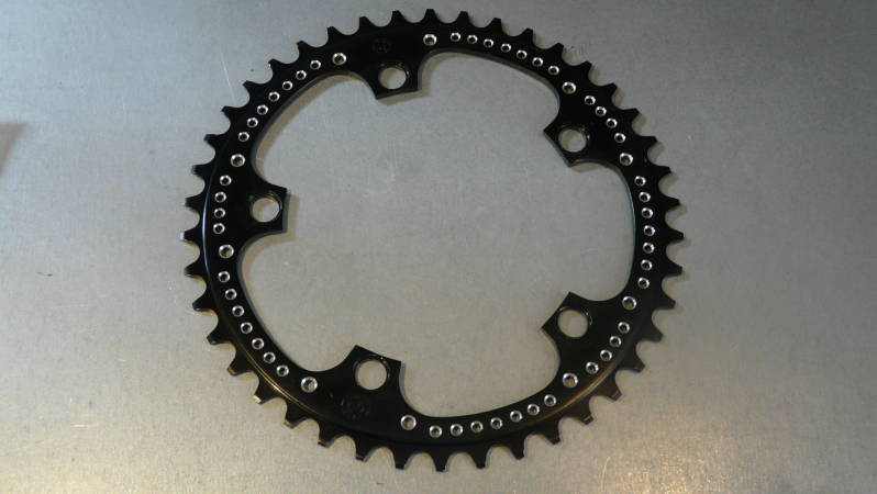 ZEUS 2000 VINTGE 80's 42t Drilled ROAD Chainwheel NEW BX000