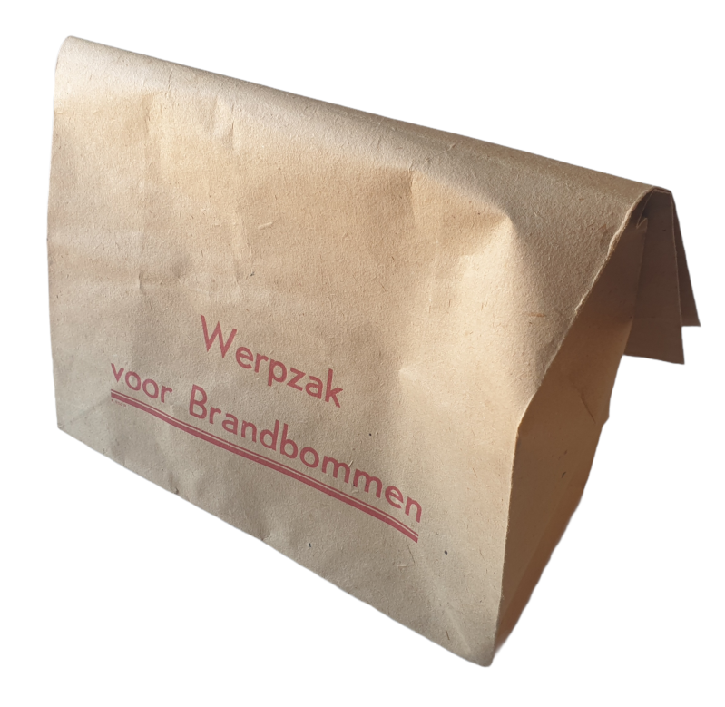 LBD - Luchtbeschermingsdienst paper bag for incendiary bombs